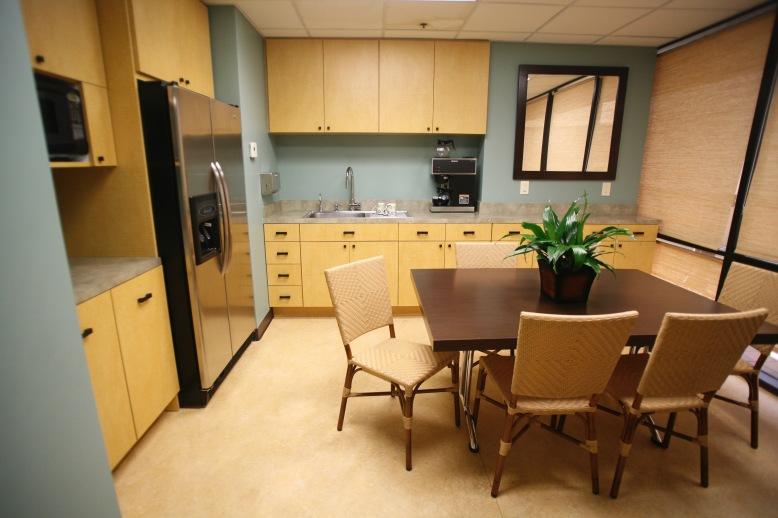 LB-Internal-Group-Kitchen