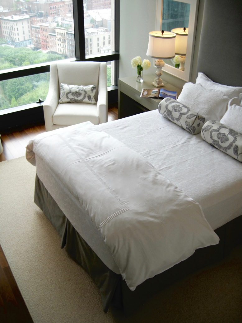 NYC-Guestroom-with-a-view